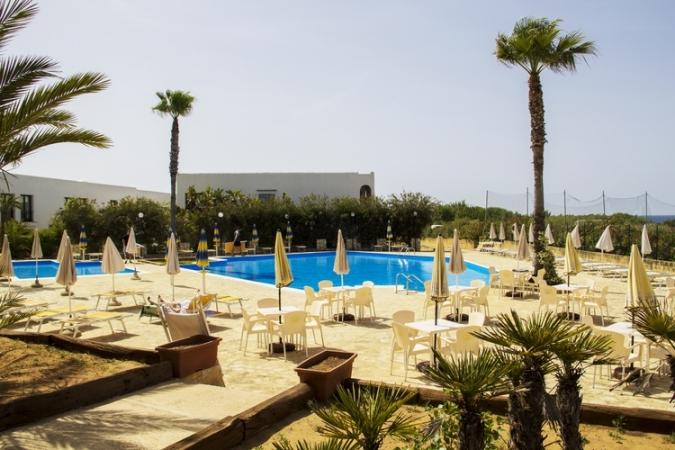 Zahira Resort Nave + Villaggio