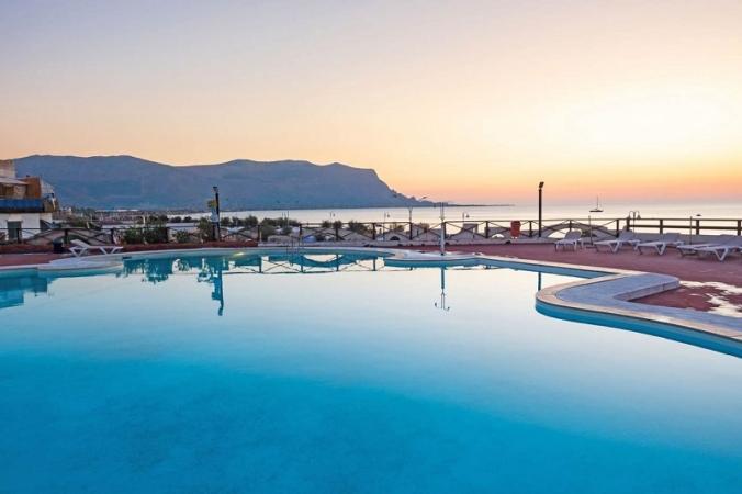 Saracen Hotel & Congress Center Nave + Villaggio