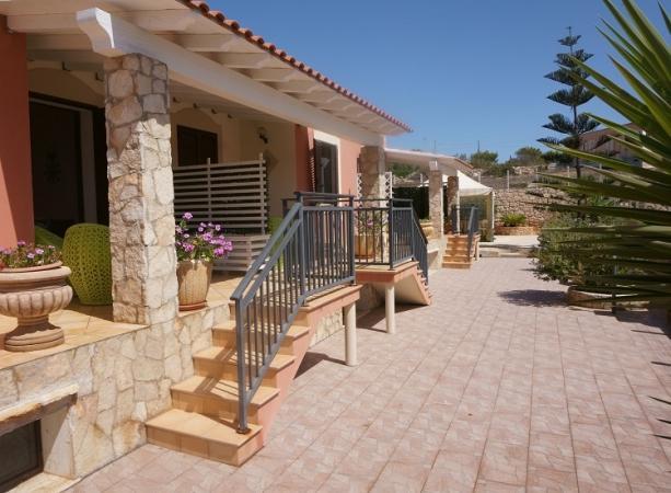 Il Piccolo Borgo di Lampedusa Volo + Residence
