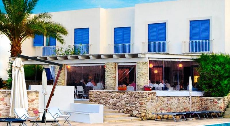 Villaggio Cala la Luna (Residence) Aliscafo + Residence