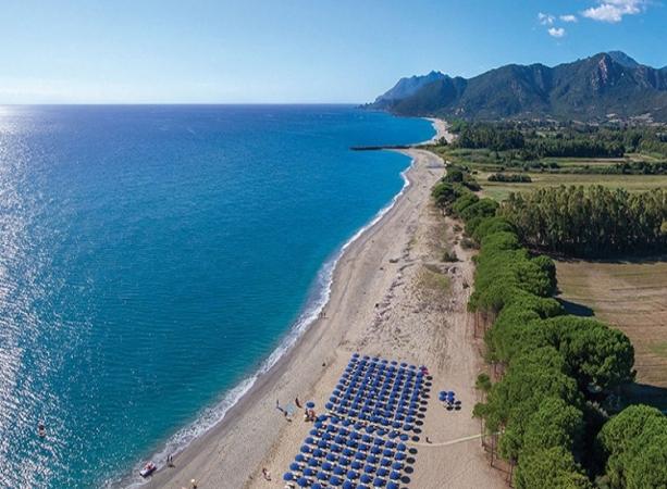 Cala Luas Resort Nave + Hotel / Villaggio