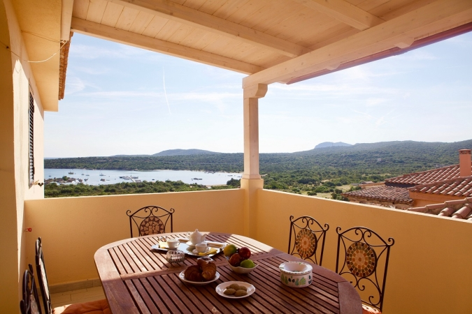 Baia de Bahas Exclusive Resort Nave + Residence