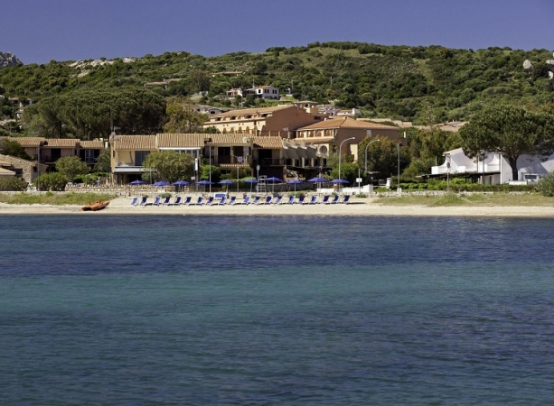 Blu Hotel Laconia Village Nave + Hotel / Villaggio