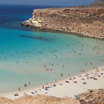 Villette Lampedusa Volo + Residence