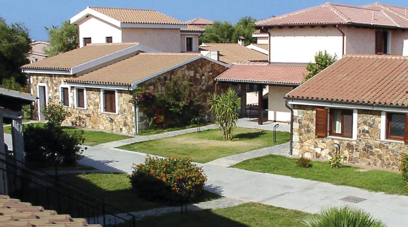 Uappala Hotel Le Rose - San Teodoro - Villaggio - Nave + Hotel ...