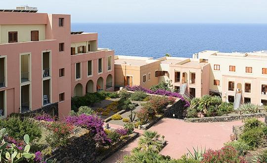 Hotel Village Suvaki - Pantelleria - Villaggio - Volo + Hotel