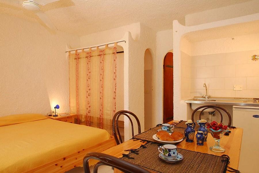 Casa Vacanze Cala Creta, Residence - Volo + Residence